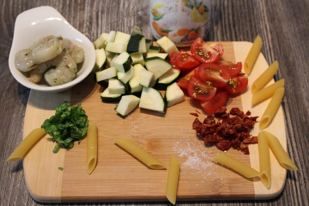 Die High Carb Pasta an einer Garnelen Basilikumsauce2