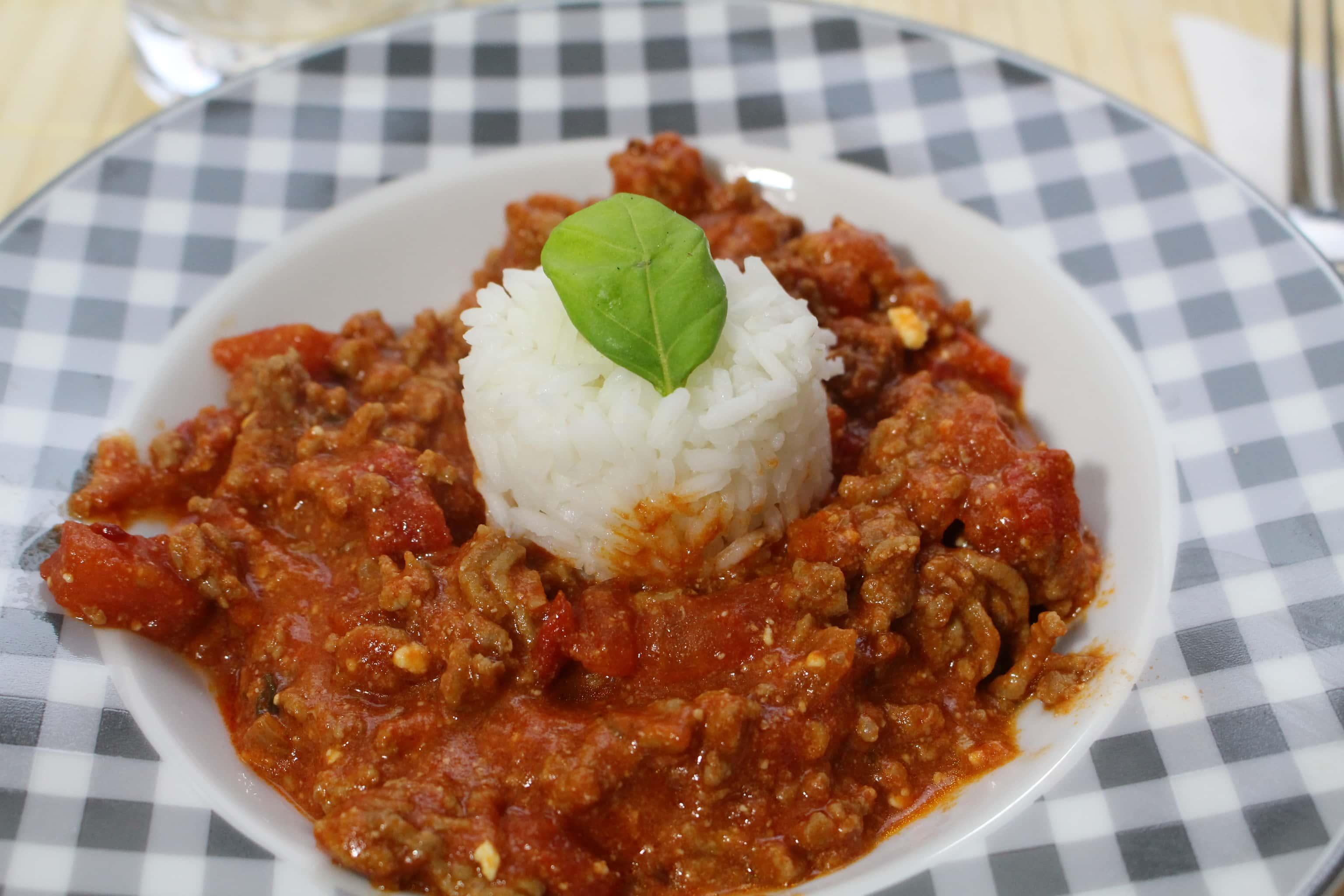 Die Protein Feta Hackfleisch Tomatensauce mit Reis