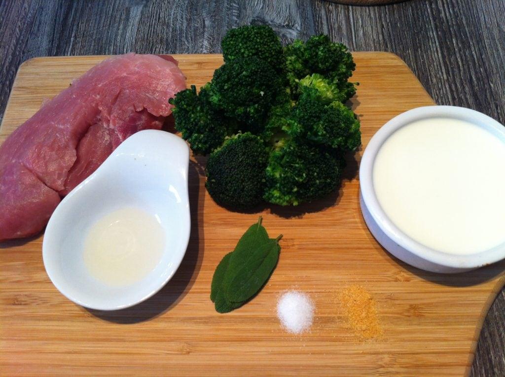 Alle Zutaten des low carb Brokkoli Schnitzel 1