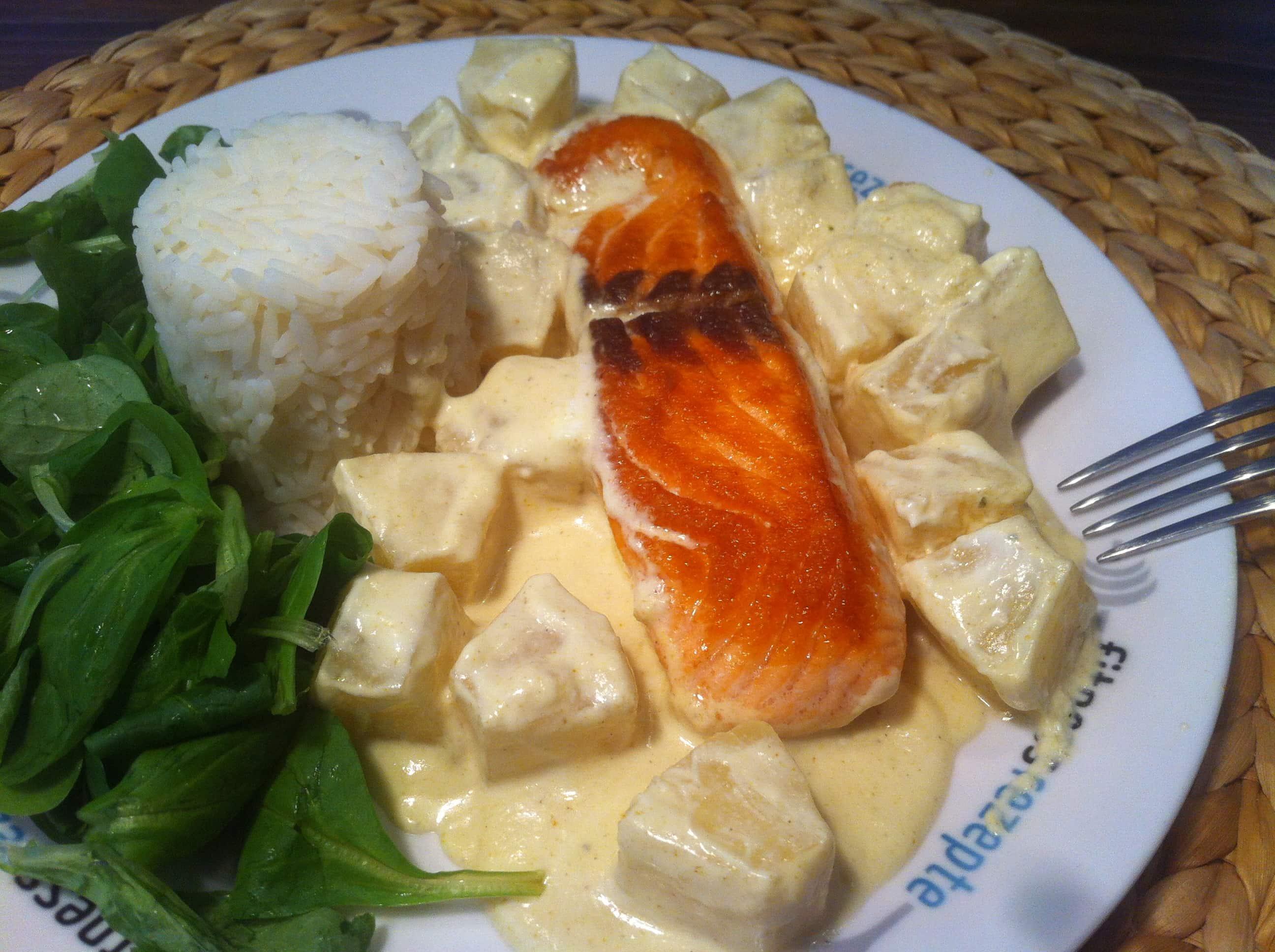 Der gesunde Hawaii Fitnessteller mit Lachs und Reis