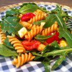 Der leckere Nudelsalat mit Pesto Rosso