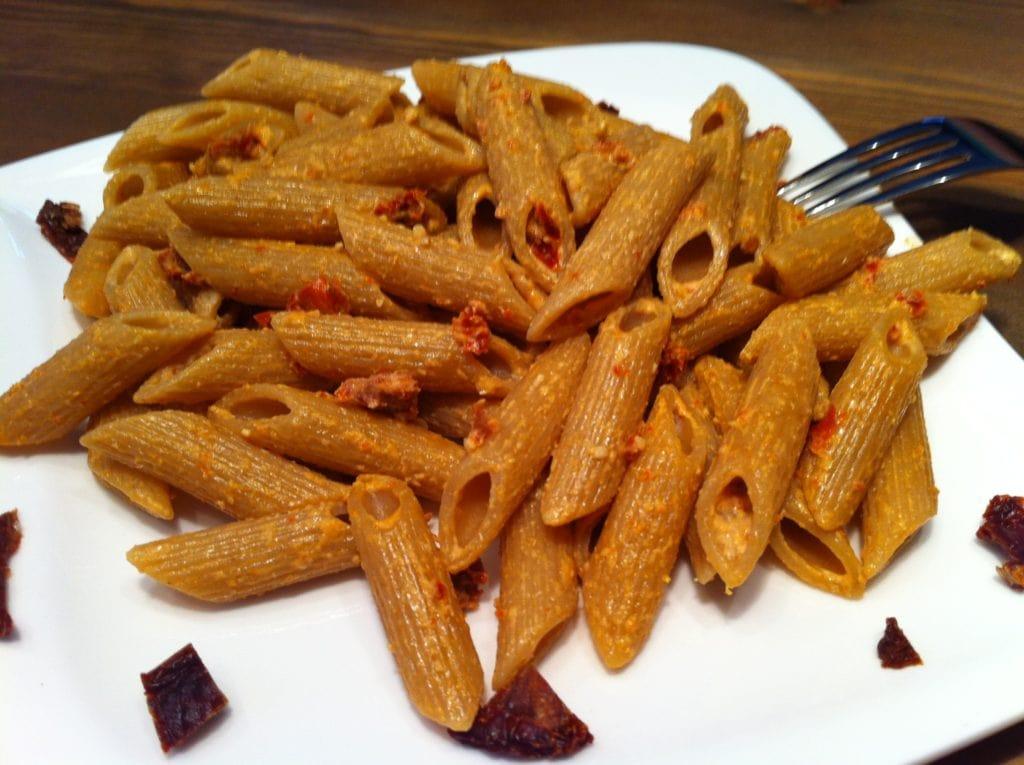 Die vegane Pasta mit selbstgemachtem Tomatenpesto