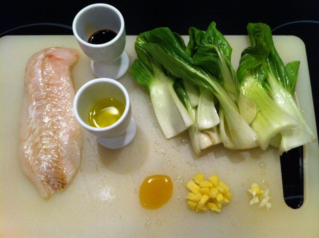 Der asiatischen-low-carb-mini-wok-choi-mit-rotbarschfilet1