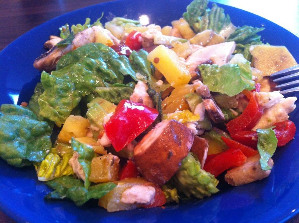Der Power Salat mit dem fruchtigen Touch
