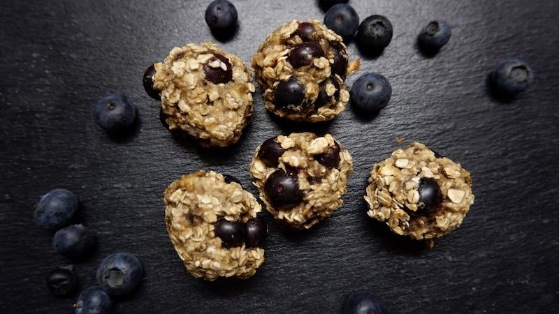 Gesunde Snacks & Desserts - Cover