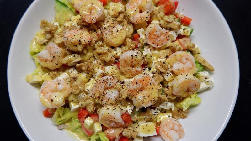 Salat-Nüsse-Garnelen