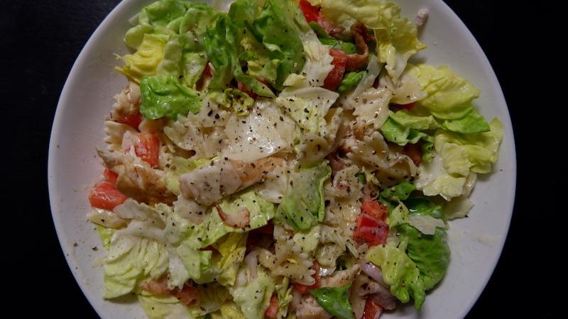 Caesar Salad Vollkornnudeln