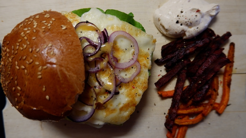 hello Fresh Halloumi Burger
