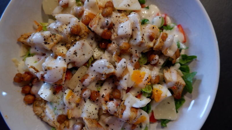 Caesar Salad mit Kichererbsen