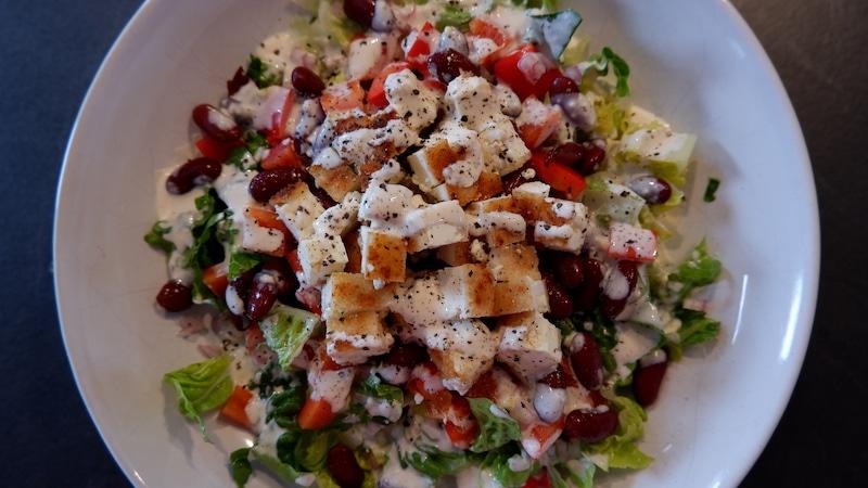 Panierter Feta Salat Kidneybohnen