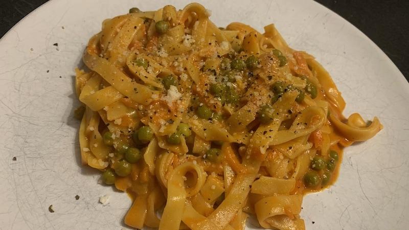 Cremige Tomaten-Tagliatelle